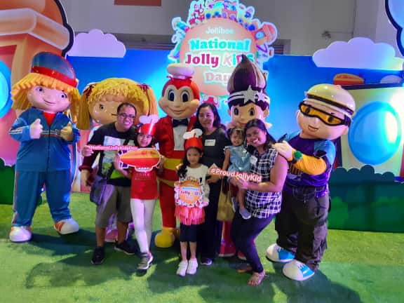 We had fun at Jollibee's National Jolly Kids Day!